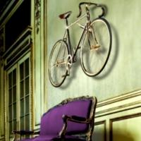 Bike Luxo: 24 quilates de ouro e 600 cristais! Obra de arte!