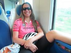 No trem! Cansada mas feliz!
